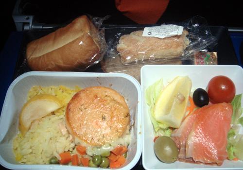 113ダマスカス→モスクワの機内食.jpg