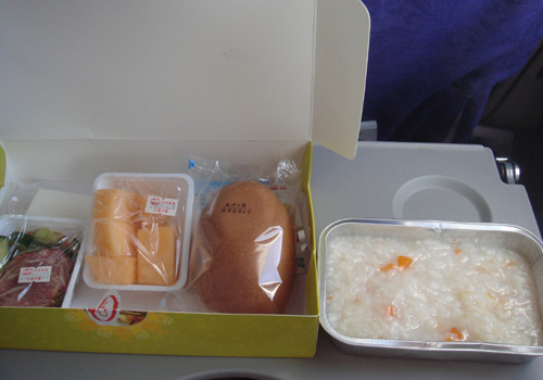 中国国際航空の機内食.jpg